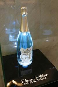 blanc de bleu the world 39 s blue grape sparkling wine