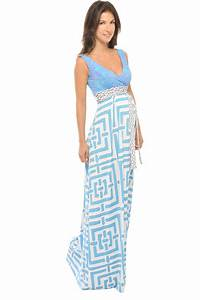 31 trendy maternity clothes for the summer for Maternity maxi dress for wedding