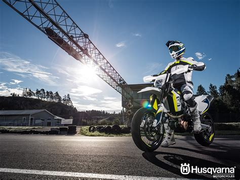 Husqvarna Fe 501 4k Wallpapers by 2019 Husqvarna 701 Supermoto Motorcycle Uae S Prices