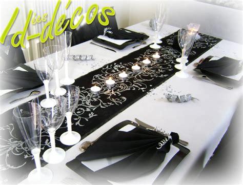 noeud de chaise mariage pas cher décoration table thème baroque noir blanc argent