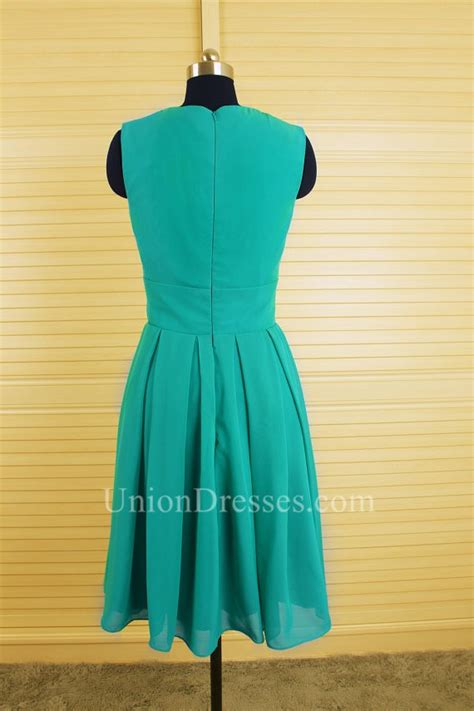 Modest A Line Full Back Short Green Chiffon Lace Party ...