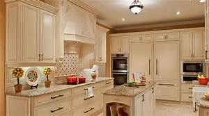 custom kitchen cabinetsdesign and ideas silo christmas With what kind of paint to use on kitchen cabinets for how to clean glass candle holders