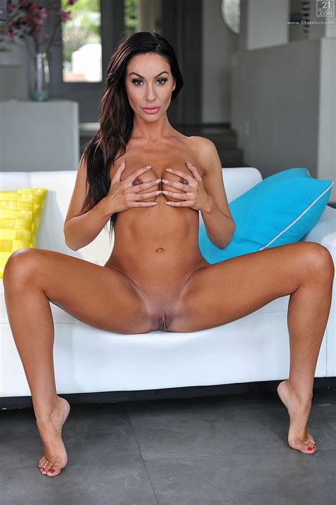 Tiffany Brooks Is Slowly Getting Naked Milf Fox