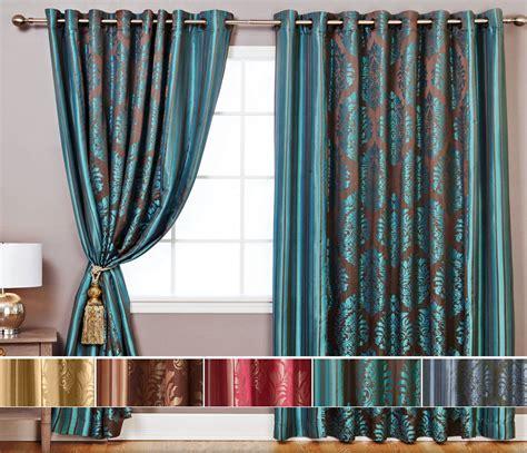 emejing salon noir avec rideau rideaux salon moderne inspirations avec emejing rideaux