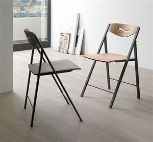 uniques idees pour la deco avec la chaise pliante With idee deco cuisine avec chaise salle a manger metal