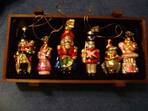 thomas pacconi classic glass christmas ornaments  wanna