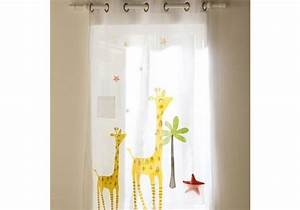 Rideau De Chambre : quel rideau pour une chambre d enfant elle d coration ~ Teatrodelosmanantiales.com Idées de Décoration