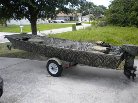 Sears Boat Trailer Tires by Sears 14 Foot Flat Bottom Jon Boat 2000 For Sale For
