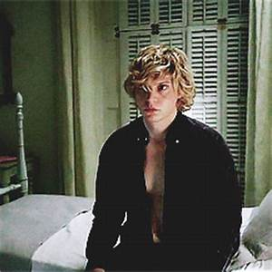 Evan Peters Kyle GIF - Find & Share on GIPHY