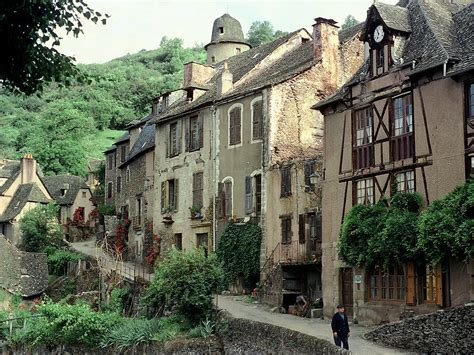 european photo of conques in the aveyron by dennis barloga photos of europe