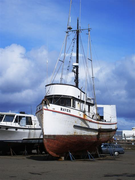 Commercial Fishing Boats For Sale In Oregon by Fishing Boats At Dock Work Wanted Nw Limited