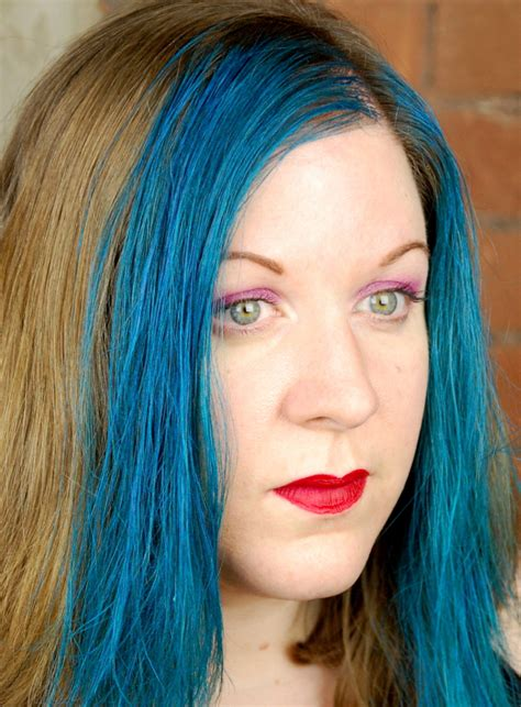 Garnier Color Styler Intense Washout Hair Color In Blue