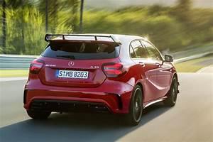 Mercedes A45 Amg Prix : la nouvelle mercedes a45 amg redevient la compacte la plus puissante speedguerilla ~ Gottalentnigeria.com Avis de Voitures