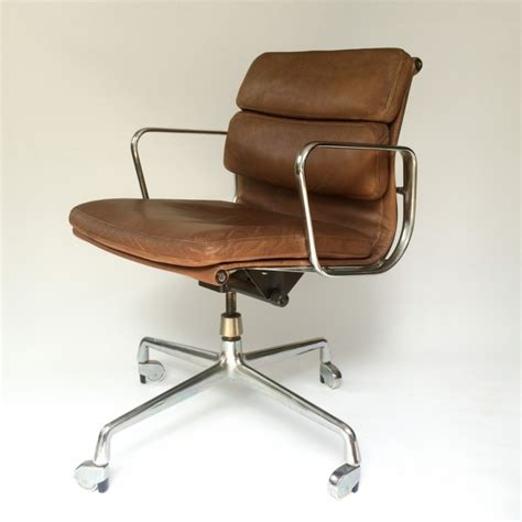 ea 217 soft pad office chair by charles and eames for