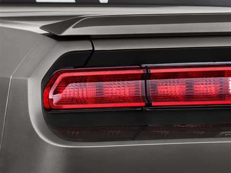 image  dodge challenger  door coupe rt  tail