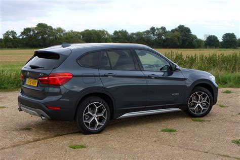 Bmw X1 Photo by Bmw X1 Suv 2015 Photos Parkers