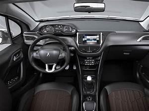 Interieur Peugeot 2008 Allure : peugeot 2008 allure 2017 ~ Medecine-chirurgie-esthetiques.com Avis de Voitures