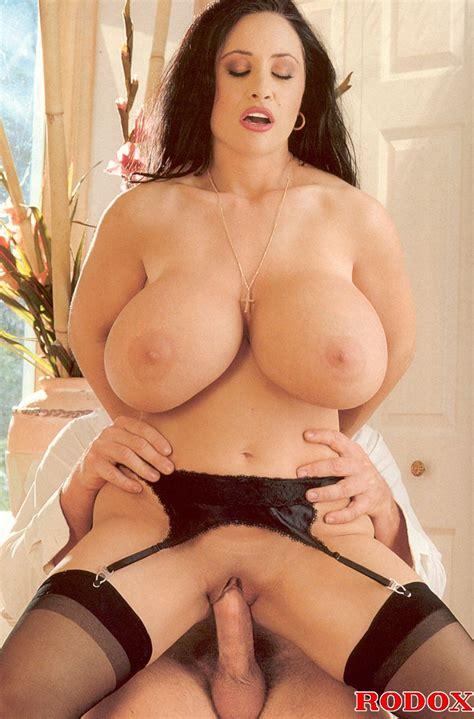 Horny Retro Chick With Gigantic Breasts Fuc Xxx Dessert