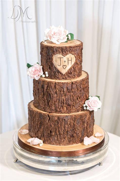 Kuchen Aus Holz by Wood Tree Stump Effect Wedding Cake Cake Ideas In 2019
