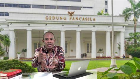 Pengertian pancasila adalah suatu ideologi dan dasar negara indonesia yg menjadi landasan dari segala keputusan bangsa dan mencermin. APA ITU PANCASILA ??? - YouTube