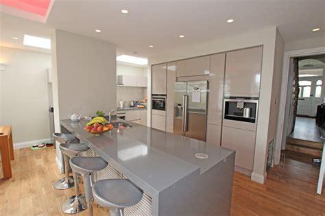 light grey kitchen modern kitchen by lwk