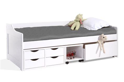 location chambre au mois lit enfant miliboo lit enfant à tiroirs 90x190 pin laqué