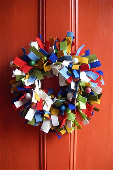 inspiring christmas wreath decorating ideas youll love