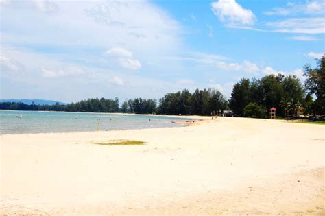 cherating beach pahang holidaygogogo island beach