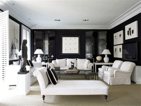 decora en blanco y negro