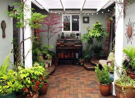 decoracion de patios peque 241 os cerrados deco de