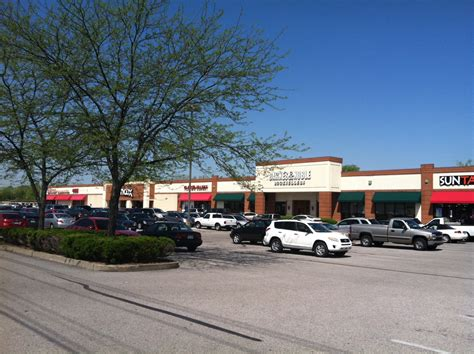 barnes and noble bowling green ky bowling green specialty center robbins properties