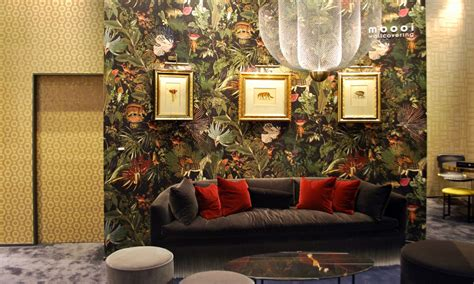 rings extinct animals wallcovering collection  moooi