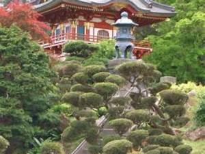 Plante Pour Jardin Japonais : un jardin japonais ~ Dode.kayakingforconservation.com Idées de Décoration