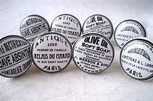Bouton De Placard : 1000 images about boutons de meuble on pinterest drawer pulls vintage and tour eiffel ~ Teatrodelosmanantiales.com Idées de Décoration