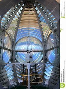 Lentille De Fresnel : lentille de fresnel photos libres de droits image 12418678 ~ Medecine-chirurgie-esthetiques.com Avis de Voitures
