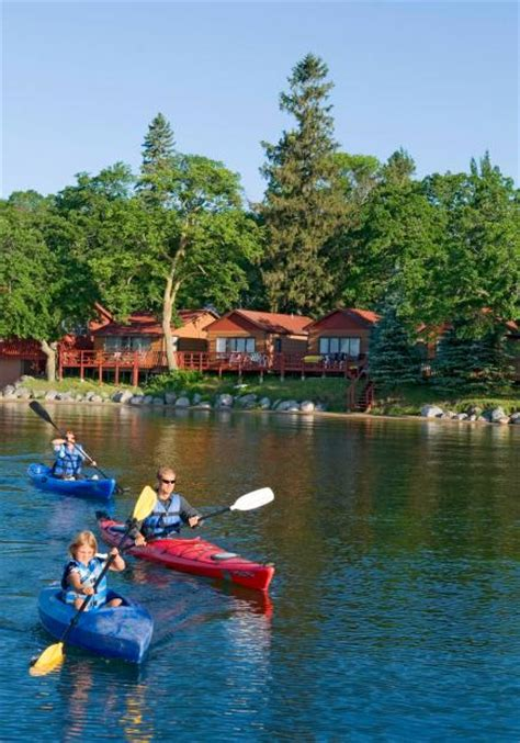 25 coolest midwest lake vacation spots midwest living