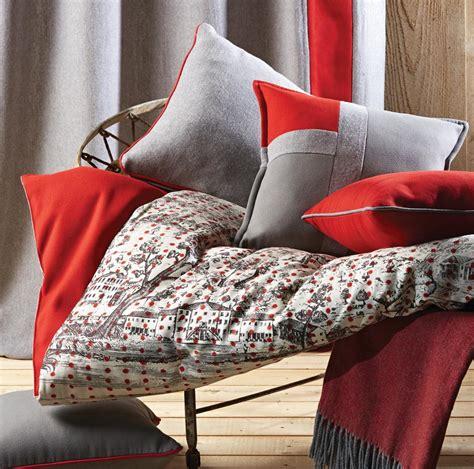 coussin de luxe tricolore gris souris et gris clair