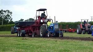Ford 7000 Tractor Pulling