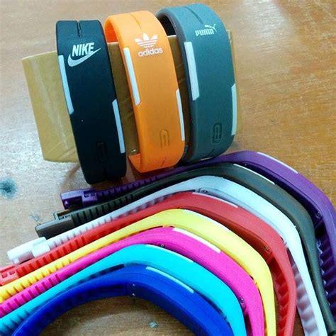 Jam Tangan Gelang Led Sporty Murah jual beli jam tangan gelang magnet led sporty baru jam