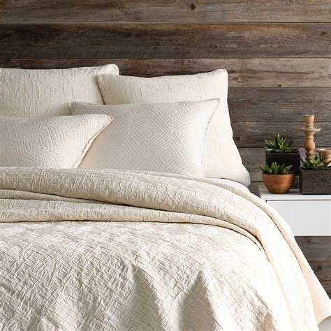 Matelasse Coverlet by Baja Ivory Matelass 233 Coverlet Pine Cone Hill