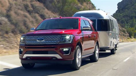ford expedition towing footage youtube