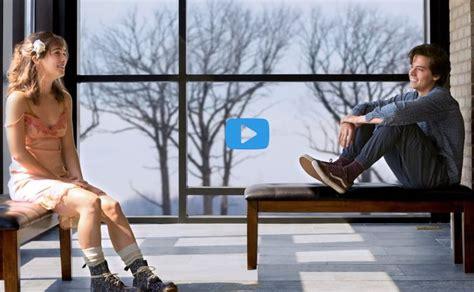 La sua vita è piena di routine, confini e autocontrollo: film per tutti A Un Metro da Te altadefinizione01 ita streaming (With images) | Cole sprouse ...