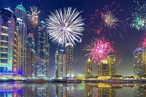 dubai  years eve  parties  fireworks