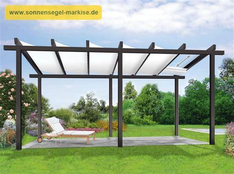 Terrasse Mit Sonnensegel by Sonnenschutz Terrasse Mit Sonnensegeln Sonnensegel Markise