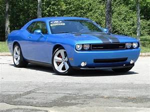 Dodge Challenger Srt8 : 2010 dodge challenger srt8 6 1 hemi youtube ~ Medecine-chirurgie-esthetiques.com Avis de Voitures