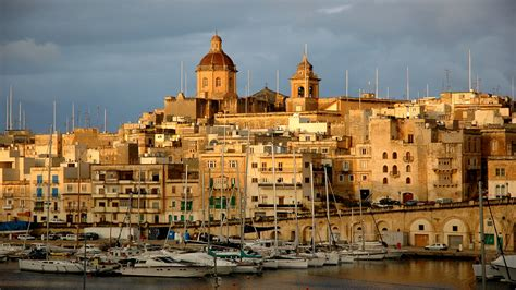 Properties for Sale in Vittoriosa Malta - Pierre Faure ...
