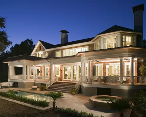 ignore  beautiful lighting  pools  water  front   house  wraparound p