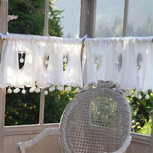 Rideau Brise Vue : rideau brise bise blanc coeur pompons 135 d coration ~ Teatrodelosmanantiales.com Idées de Décoration