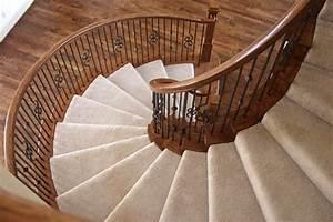 Tapis Beige Pas Cher : le tapis pour escalier en 52 photos inspirantes ~ Teatrodelosmanantiales.com Idées de Décoration