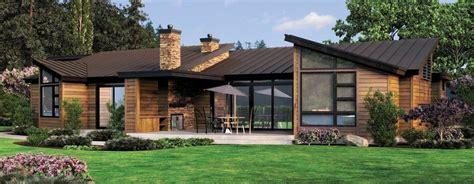 MĀJU PROJEKTI: Ērta vienstāvu māja ar garāžu